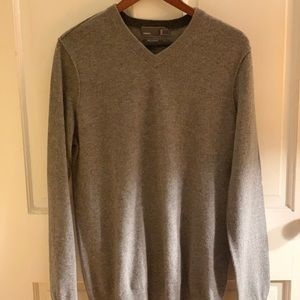 Vince 100% Cashmere V-Neck Gray Sweater (M)